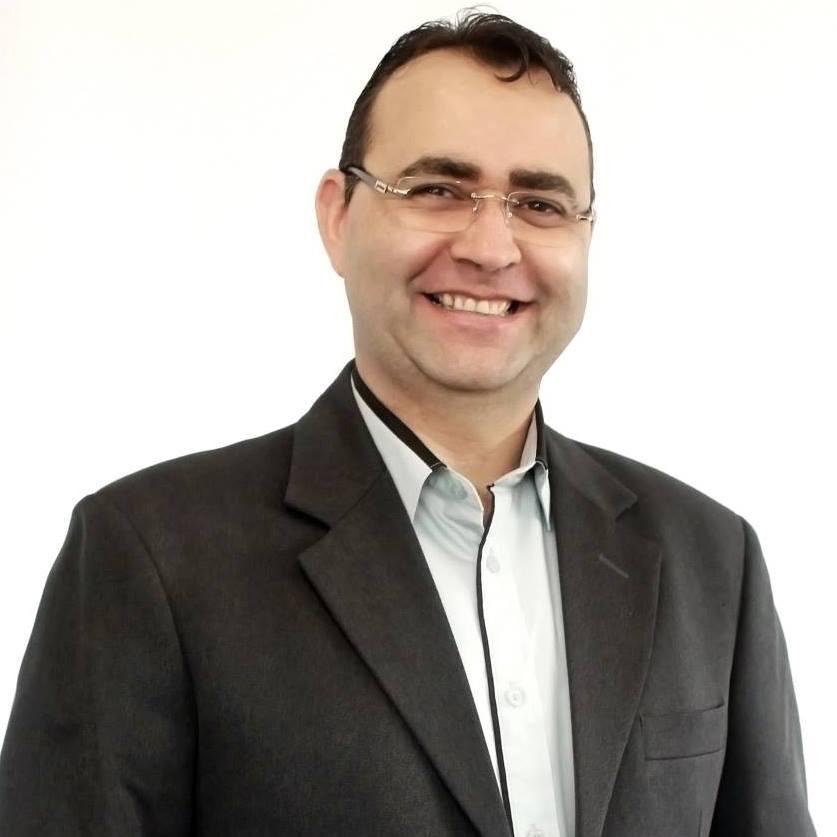 Presidente Flavio Zandona