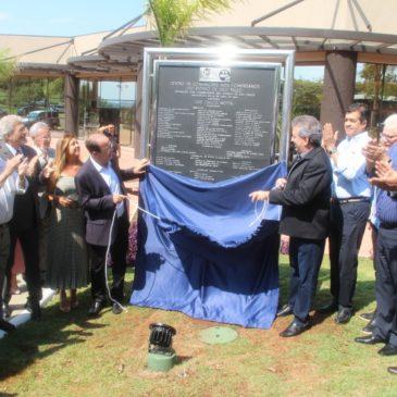 Motta inaugura Centro de Convenções em Avaré