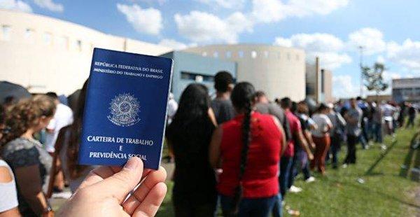 Câmara aprova mudança em cálculo do desemprego